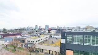 "Photo 9: 505 1635 W 3RD Avenue in Vancouver: False Creek Condo for sale in ""LUMEN"" (Vancouver West)  : MLS®# R2561190"
