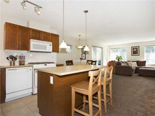 """Photo 5: 313 7000 21ST Avenue in Burnaby: Highgate Townhouse for sale in """"VILLETTA"""" (Burnaby South)  : MLS®# V1026981"""