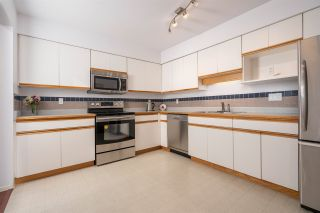"Photo 8: 304 501 COCHRANE Avenue in Coquitlam: Coquitlam West Condo for sale in ""GARDEN TERRACE"" : MLS®# R2405579"