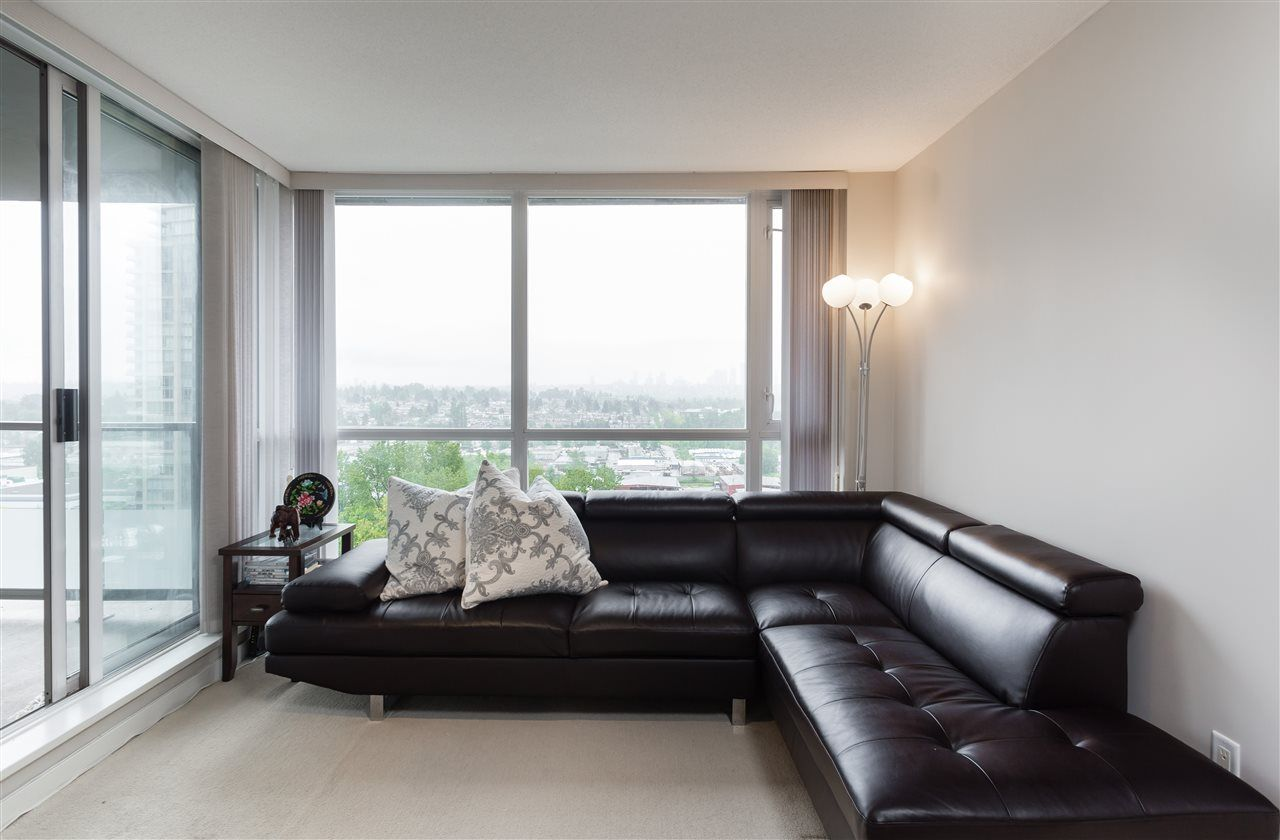Photo 5: Photos: 908 4888 BRENTWOOD DRIVE in Burnaby: Brentwood Park Condo for sale (Burnaby North)  : MLS®# R2167169