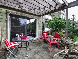 Photo 2: 108C 2250 Manor Pl in COMOX: CV Comox (Town of) Condo for sale (Comox Valley)  : MLS®# 782816