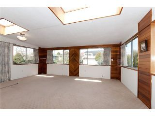 Photo 5: 3043 ROSEMONT Drive in Vancouver: Fraserview VE House for sale (Vancouver East)  : MLS®# V942575