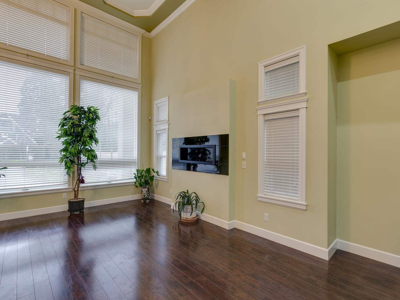 Photo 7: Photos: 7490 NO. 4 Road in Richmond: McLennan House for sale : MLS®# R2425068
