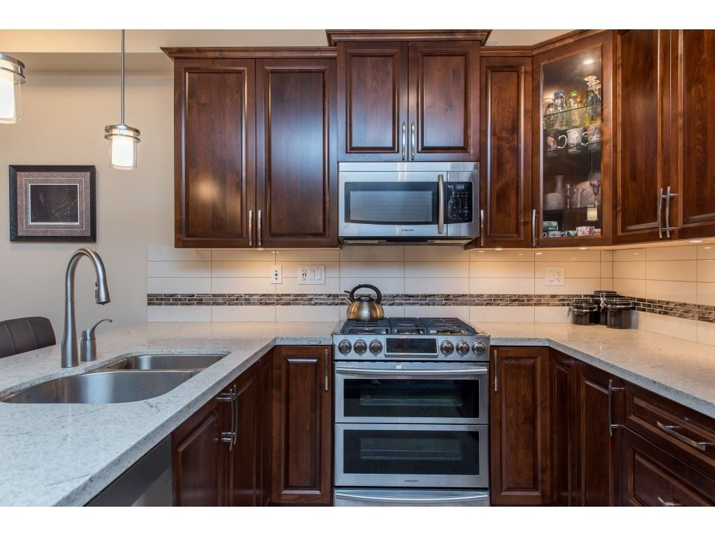 """Photo 11: Photos: A110 20716 WILLOUGHBY TOWN CENTRE Drive in Langley: Willoughby Heights Condo for sale in """"Yorkson Downs"""" : MLS®# R2491391"""