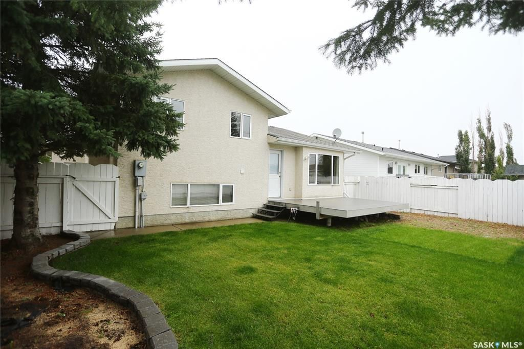 Photo 47: Photos: 206 1st Avenue North in Warman: Residential for sale : MLS®# SK796281