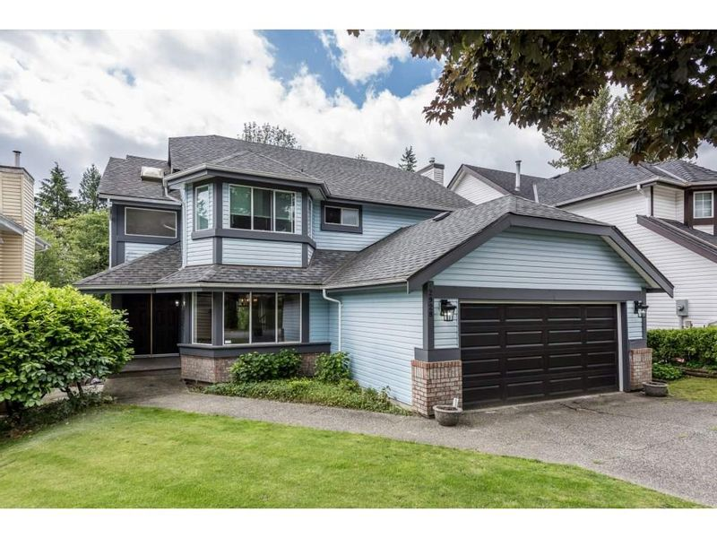 FEATURED LISTING: 2928 VALLEYVISTA Drive Coquitlam