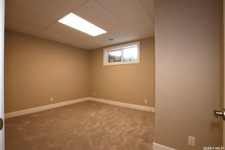 Photo 31: 825 Hamilton Drive in Swift Current: Highland Residential for sale : MLS®# SK834024