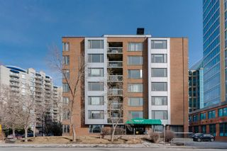 Photo 2: 360 310 8 Street SW in Calgary: Eau Claire Apartment for sale : MLS®# A1064376