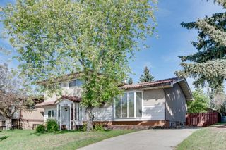 Main Photo: 2140 8 Avenue NE in Calgary: Mayland Heights Detached for sale : MLS®# A1115319