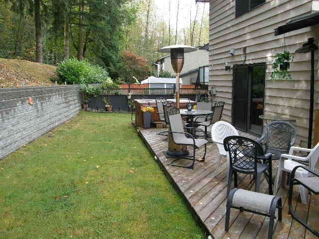 """Photo 10: Photos: 1186 COLIN Place in Coquitlam: River Springs House for sale in """"RIVER SPRING"""" : MLS®# R2105095"""