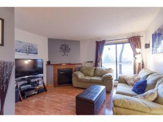 Photo 3: 1044 Bairdmore Boulevard in WINNIPEG: Fort Garry / Whyte Ridge / St Norbert Condominium for sale (South Winnipeg)  : MLS®# 1408638