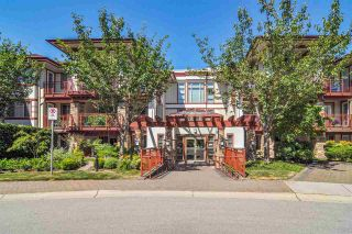 """Main Photo: 305 16433 64 Avenue in Surrey: Cloverdale BC Condo for sale in """"St. Andrews"""" (Cloverdale)  : MLS®# R2567183"""