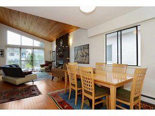 "Photo 7: 835 E 32ND Avenue in Vancouver: Fraser VE House for sale in ""FRASER"" (Vancouver East)  : MLS®# V1056460"