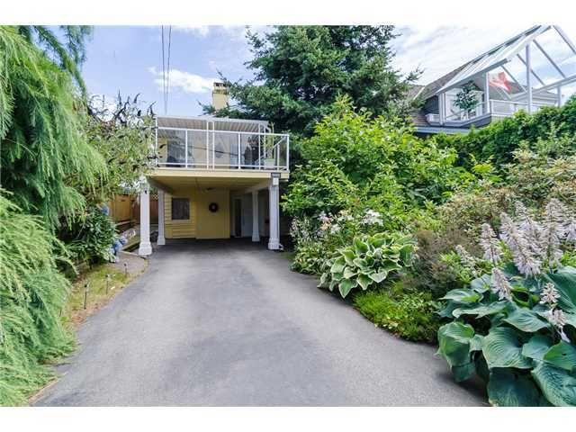 Main Photo: 988 STEVENS Street: White Rock Home for sale ()  : MLS®# 988 STEVENS ST