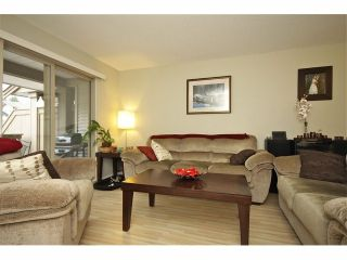 """Photo 5: 72 19250 65TH Avenue in Surrey: Clayton Townhouse for sale in """"SUNBERRY COURT"""" (Cloverdale)  : MLS®# F1302925"""