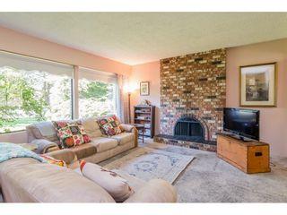 Photo 8: 20877 ALPINE Crescent in Maple Ridge: Northwest Maple Ridge House for sale : MLS®# R2454565