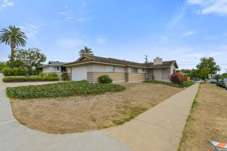 Photo 2: House for sale : 3 bedrooms : 5023 Fanuel Street in San Diego