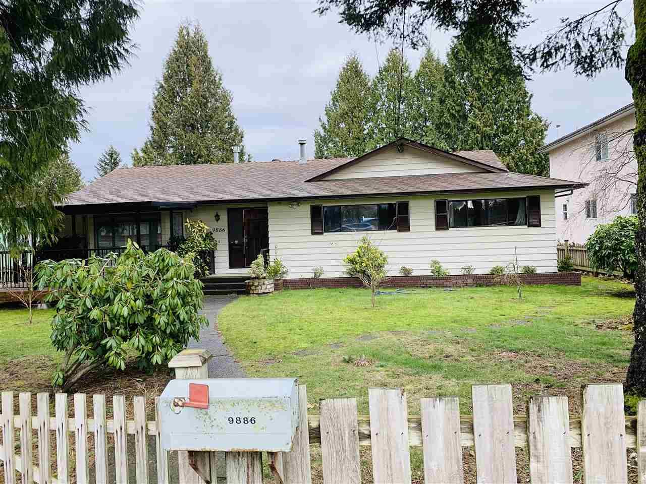 Main Photo: 9886 156 Street in Surrey: Guildford House for sale (North Surrey)  : MLS®# R2541081