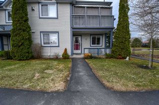 Photo 3: 12 10 Laguna Parkway in Ramara: Brechin Condo for sale : MLS®# S4423252