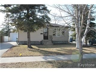 Main Photo: 418 Golf Boulevard in Winnipeg: Westwood / Crestview Single Family Detached for sale (West Winnipeg)  : MLS®# 1507952
