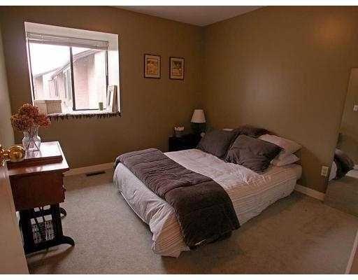 Photo 3: Photos: 35 3190 TAHSIS AV in Coquitlam: New Horizons Townhouse for sale : MLS®# V583316