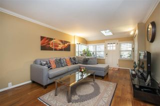 Photo 5: 255 E 20TH Street in North Vancouver: Central Lonsdale House for sale : MLS®# R2530092
