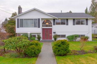 Photo 1: 1670 MILFORD Avenue in Coquitlam: Central Coquitlam House for sale : MLS®# R2337522