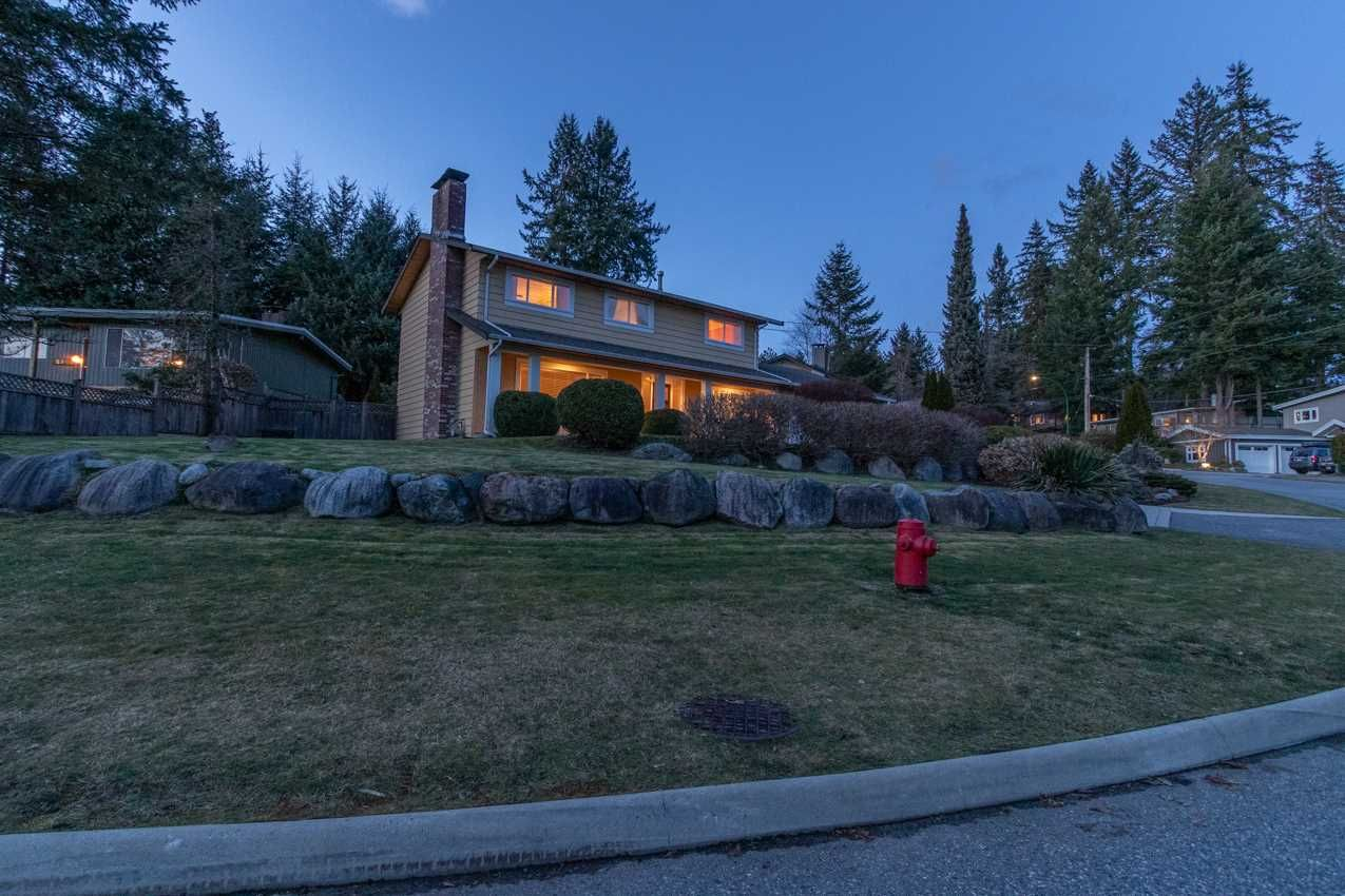 Photo 39: Photos: 2576 BELLOC Street in North Vancouver: Blueridge NV House for sale : MLS®# R2544929