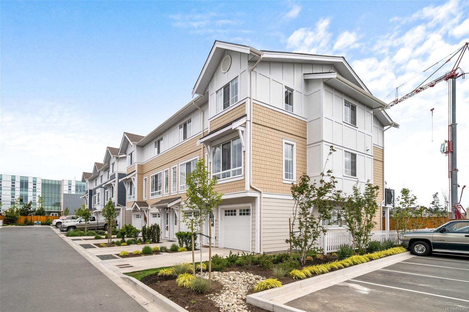 Main Photo: 43 370 Latoria Blvd in Colwood: Co Royal Bay Row/Townhouse for sale : MLS®# 878362