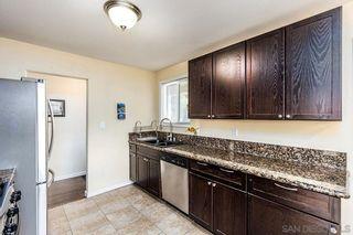 Photo 8: SOUTHEAST ESCONDIDO House for sale : 3 bedrooms : 850 Begonia Street in Escondido