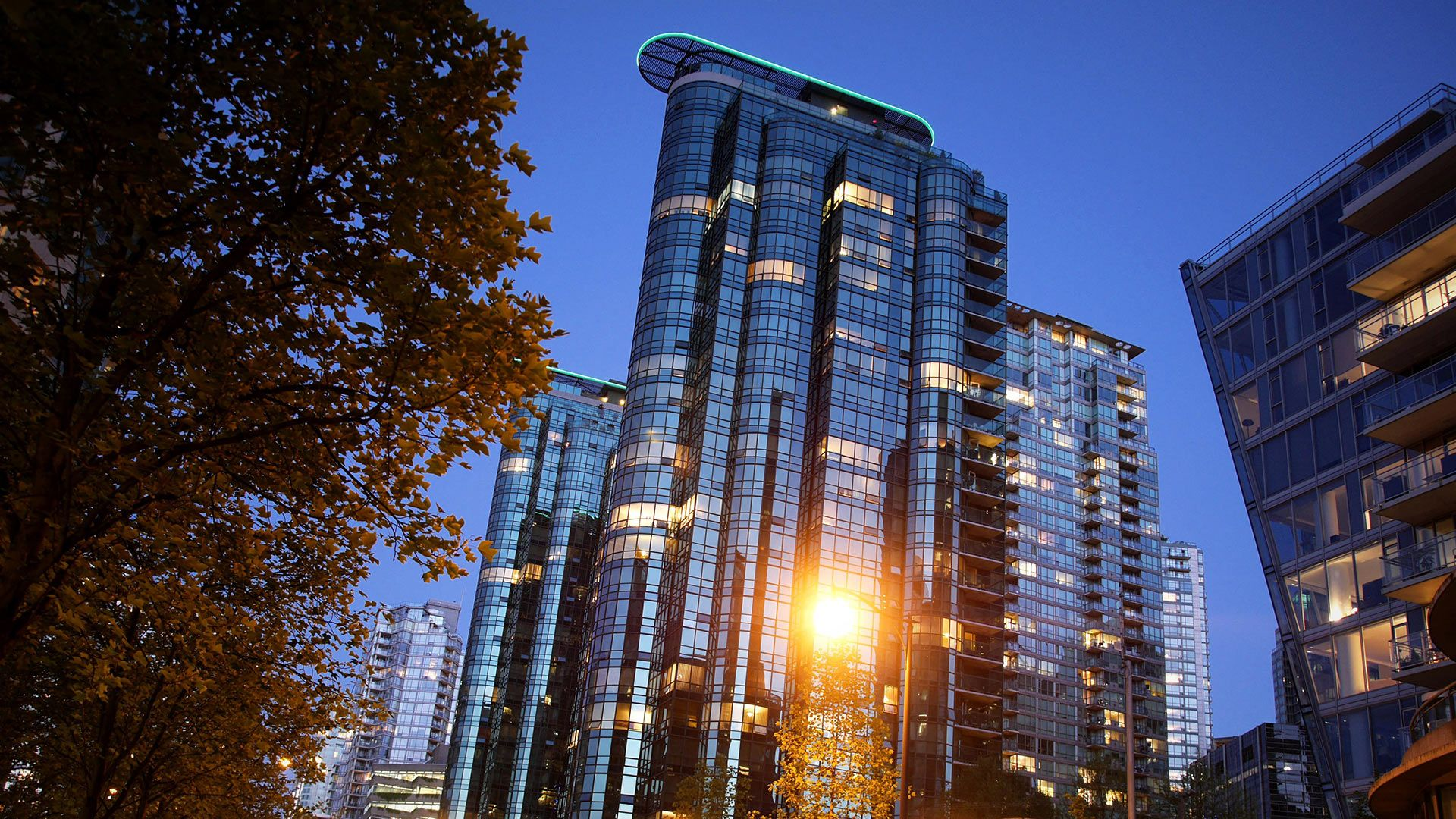 Main Photo: 700 1270 Bayshore Dr in Vancouver: Coal Harbour Condo for sale ()  : MLS®# MRP4873