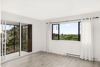 Photo 4: 310 1433 Faircliff Lane in : Vi Fairfield West Condo for sale (Victoria)  : MLS®# 862384