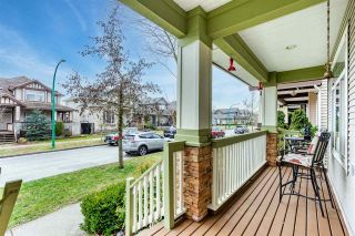 "Photo 2: 19137 69A Avenue in Surrey: Clayton House for sale in ""CLAYTON"" (Cloverdale)  : MLS®# R2542113"