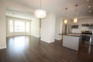"""Photo 7: 10 6180 ALDER Street in Richmond: McLennan North Townhouse for sale in """"TURNBERRY LANE"""" : MLS®# R2176441"""