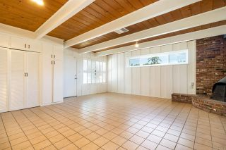 Photo 3: House for sale : 3 bedrooms : 6318 Lake Kathleen Avenue in San Diego