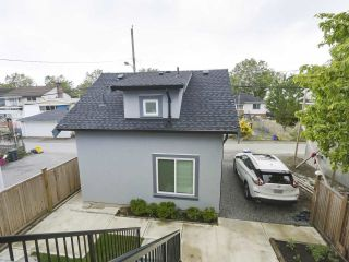 Photo 3: 6583 KNIGHT Street in Vancouver: South Vancouver House for sale (Vancouver East)  : MLS®# R2575477