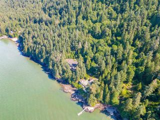 """Photo 37: 370 374 SMUGGLERS COVE Road: Bowen Island House for sale in """"Hood Point"""" : MLS®# R2518143"""