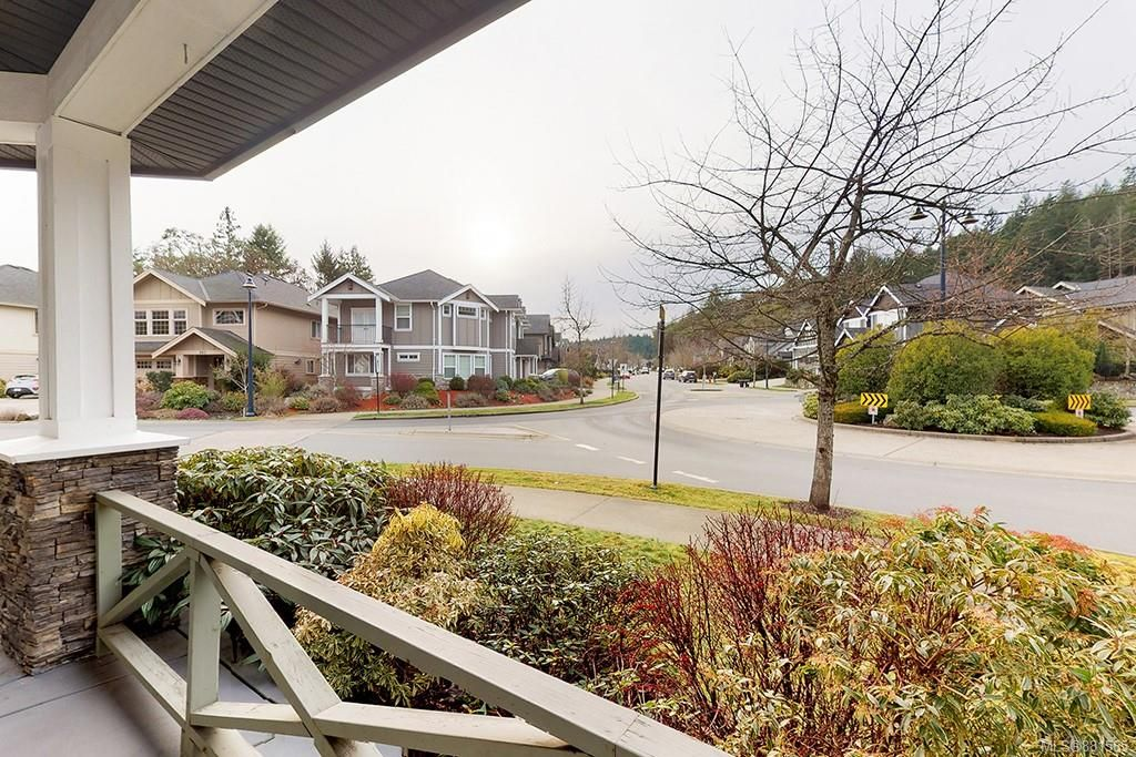 Photo 21: Photos: 990 Arngask Ave in : La Bear Mountain House for sale (Langford)  : MLS®# 881565