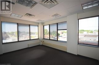 Photo 9: 165 KENT Street W in Lindsay: Other for lease : MLS®# 40032166
