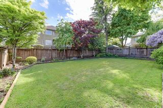 """Photo 18: 17176 103 Avenue in Surrey: Fraser Heights House for sale in """"Abbey Glen"""" (North Surrey)  : MLS®# R2606989"""