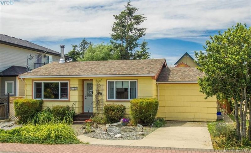 FEATURED LISTING: 9690 Fifth St SIDNEY