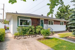 Main Photo: 303 42 Street SW in Calgary: Wildwood Detached for sale : MLS®# A1134148
