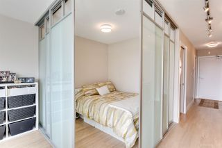"""Photo 7: 611 1783 MANITOBA Street in Vancouver: False Creek Condo for sale in """"The Residences at West"""" (Vancouver West)  : MLS®# R2155834"""