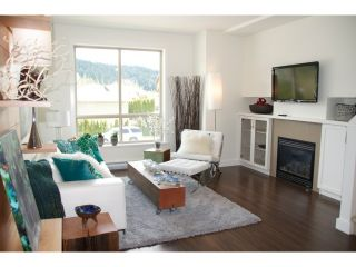 """Photo 8: 16 40653 TANTALUS Road in Squamish: Tantalus Townhouse for sale in """"TANTALUS CROSSING TOWNHOMES"""" : MLS®# V985776"""