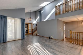 Photo 3: 28 Ranchridge Crescent NW in Calgary: Ranchlands Detached for sale : MLS®# A1126271