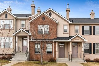 Main Photo: 34 Prestwick Drive SE in Calgary: McKenzie Towne Row/Townhouse for sale : MLS®# A1092401