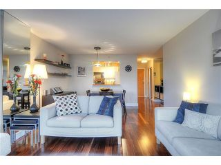 """Photo 5: 705 2288 PINE Street in Vancouver: Fairview VW Condo for sale in """"THE FAIRVIEW"""" (Vancouver West)  : MLS®# V852538"""