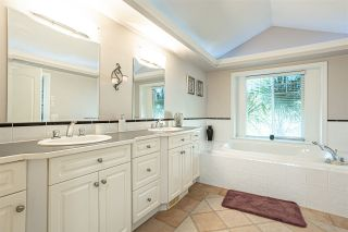 """Photo 18: 21060 86A Avenue in Langley: Walnut Grove House for sale in """"Manor Park"""" : MLS®# R2505740"""