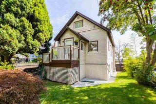 Photo 2: 468 GARRETT STREET in New Westminster: Sapperton House for sale : MLS®# R2497799