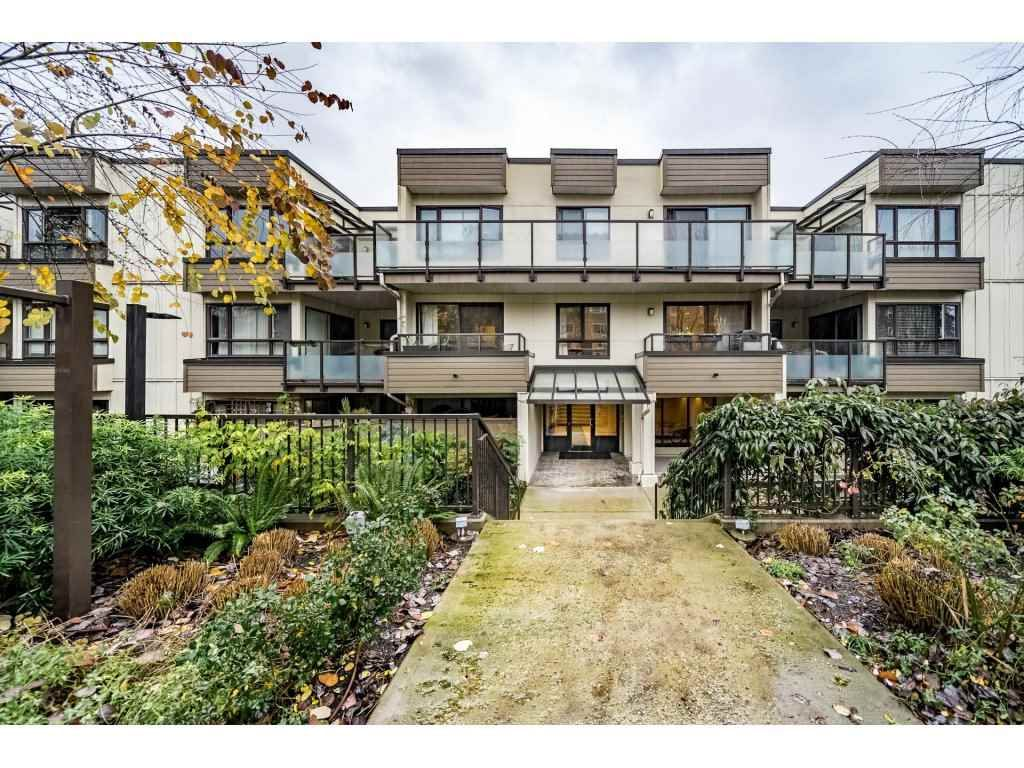 """Main Photo: 310 621 E 6TH Avenue in Vancouver: Mount Pleasant VE Condo for sale in """"FAIRMONT PLACE"""" (Vancouver East)  : MLS®# R2325031"""
